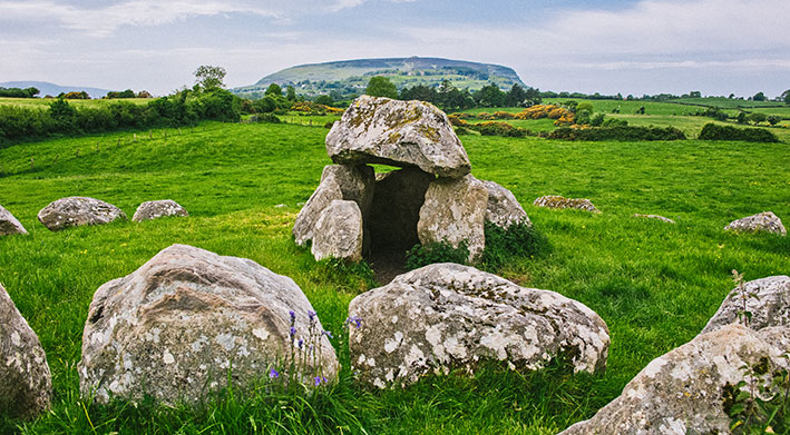 Go Strandhill - Carrowmore Tombs